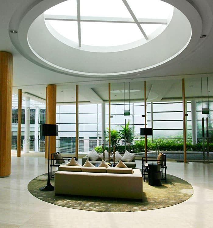 Строителство на хотели и комплекси